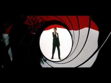 Even this iconic shot of Bond echoes the vibe of the unkillable villain of a slasher flick.